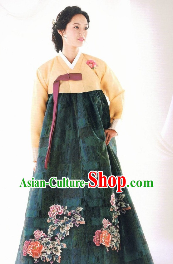 Korean Traditional Ceremonial Clothes for Ladies
