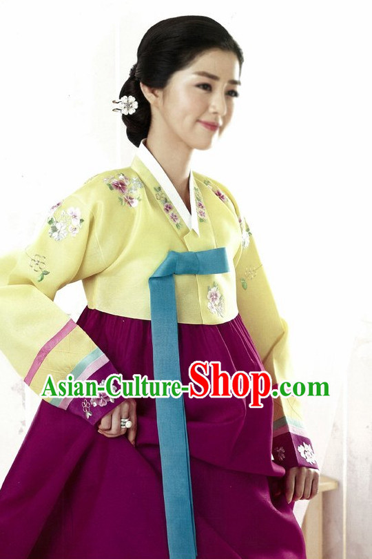 Korean Classical Hanbok Costumes for Women