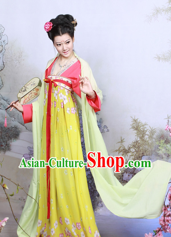 China Traditional Tang Dynasty Lady Clothing and Hair Clasps