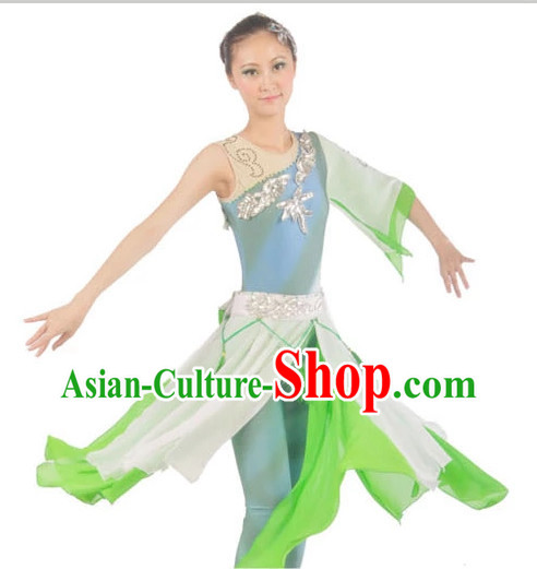 Chinese Classical Dancewear and Headwear for Women