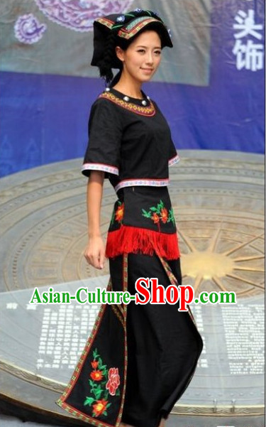 Chinese Traditional Ethnic Clothes and Hat Complete Set for Women