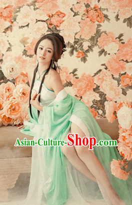 China Fashion Sexy Costumes and Hair Accessories Full Set