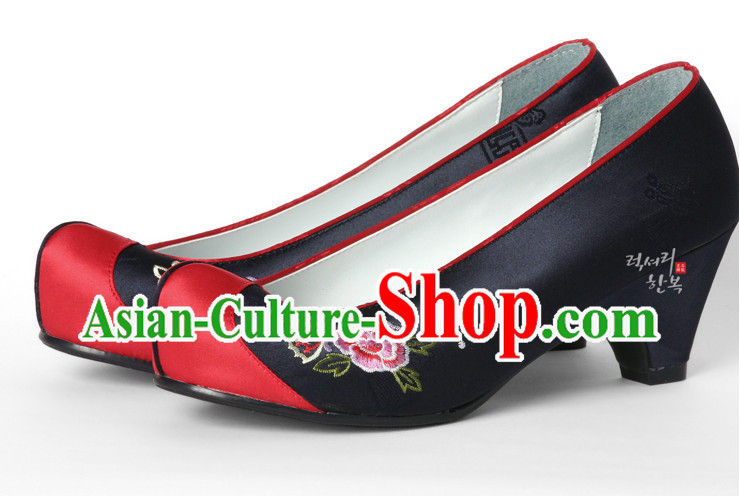 Korean Traditional Wedding Bridal Shoes for Brides