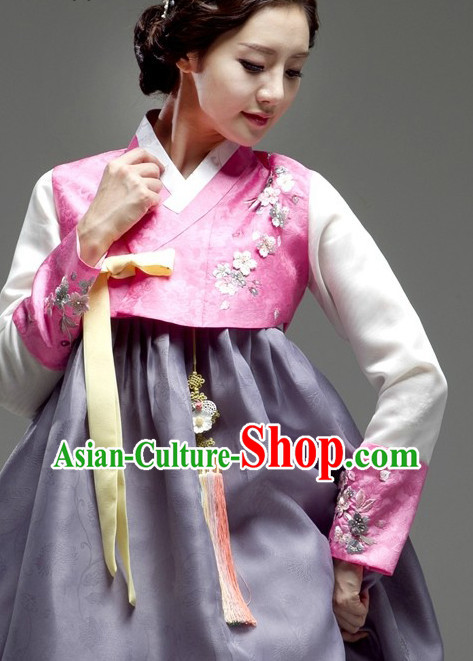 Korean National Costumes Traditional Costumes Hanbok Korea