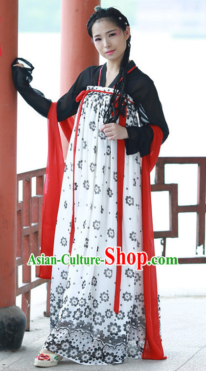 Chinese Tang Dynasty Long Robe for Women