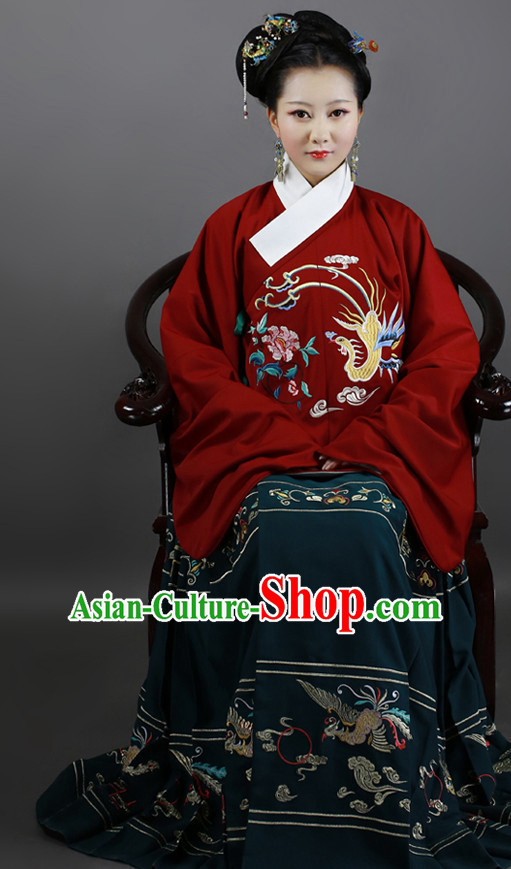 Chinese Ancient Ming Dynasty Clothing and Hair Jewelry Complete Set