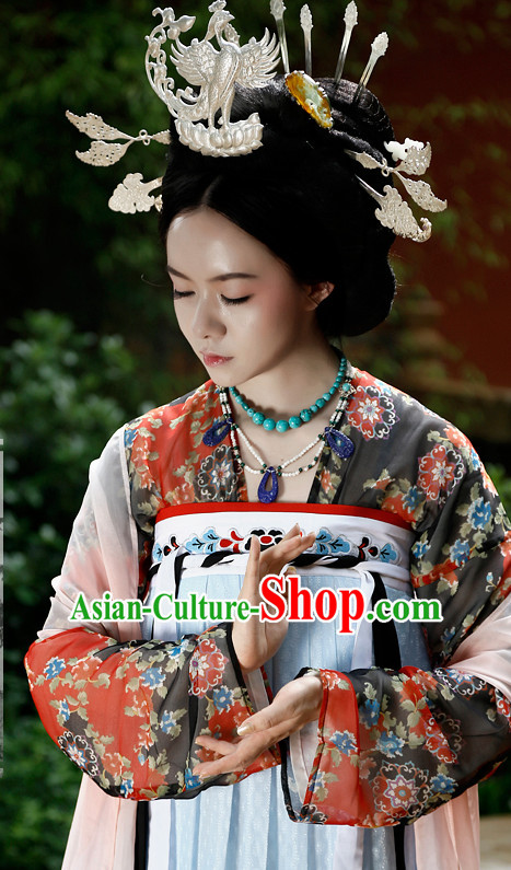 Chinese Ancient Tang Dynasty Clothing and Hair Jewelry Complete Set