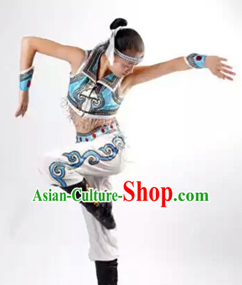 China Traditional Mongolian Dancewear and Headwear for Women