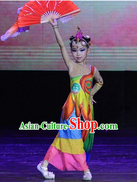 Traditional Chinese Fan Dance Costumes and Headwear for Kids