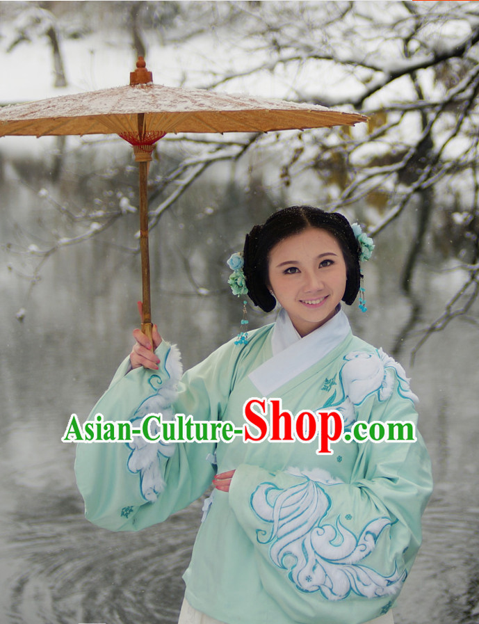 Ancient Chinese Song Dynasty Jacket Attire and Skirt Clothing and Umbrella Complete Set for Women
