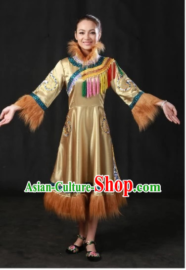 Traditional Chinese Olunchun Clothes Complete Set for Women