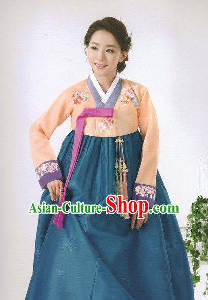 Asia Fashion Korean Han Bok Outfit Clothes for Women