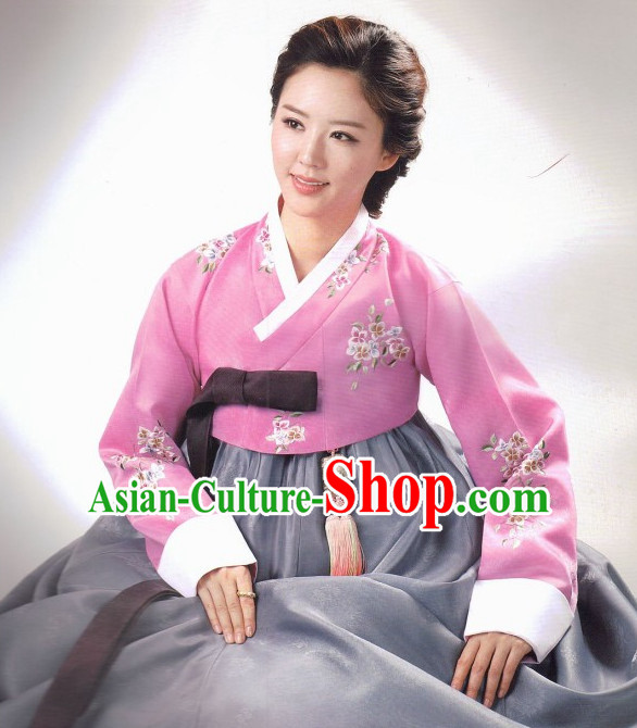 Korean Fashion Hanbok Tops and Skirt Complete Set for WomenKorean Fashion Suit Complete Set for Women