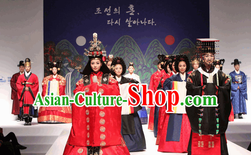 Royal Korean Queen Hanbok Outfits for Women