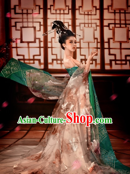 Ancient Chinese Geisha Beauty Hanfu Costume and Hair Accessories Complete Set