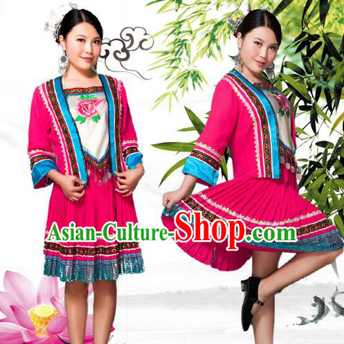 Traditional Chinese Tujia Nationality Dancing Costume, Tujiazu Female Folk Dance Ethnic Pleated Skirt, Chinese Minority Tujia Nationality Embroidery Costume for Women