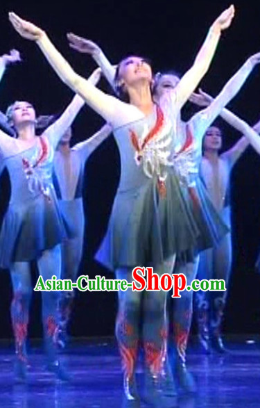 Chinese Folk Dance Costumes and Headpieces for Women