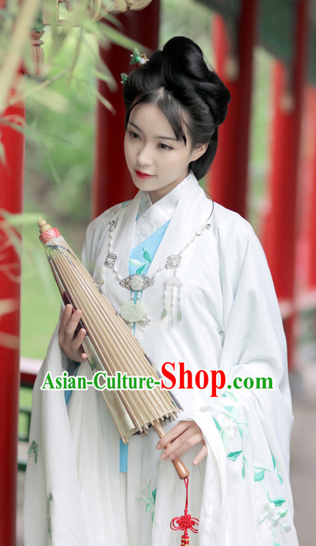 Ancient Chinese Embroidered Hanfu Dress China Traditional Clothing Asian Long Dresses China Clothes Fashion Oriental Outfits for Women