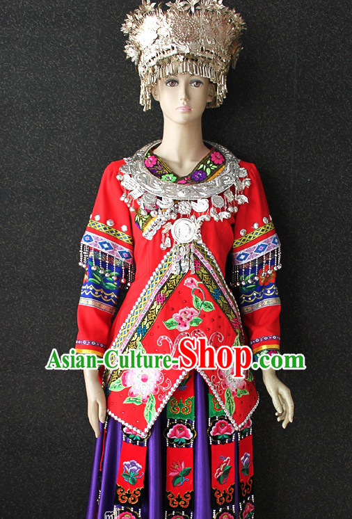 Chinese Folk Miao Ehtnic Clothing and Silver Hat Complete Set for Women
