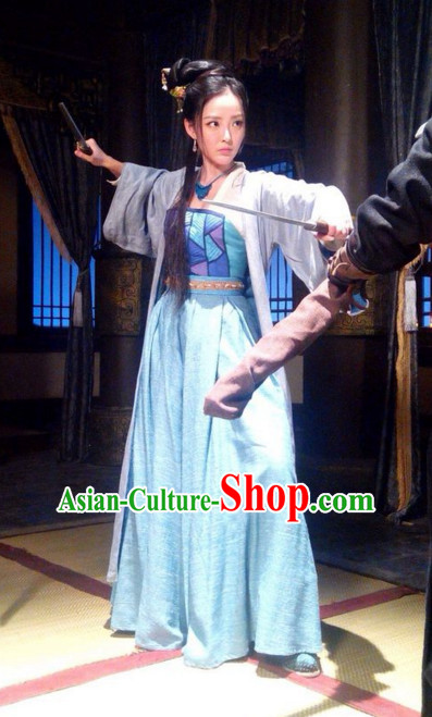 Chinese Female Knight Hanfu Dress Clothing National Dress Ancient China Clothing Traditional Chinese Outfit Chinese Costumes and Headwear Complete Set for Brides