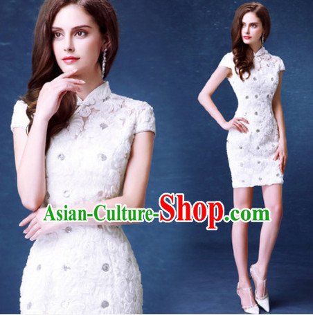 Top Tailored Romantic White Flower Short Cheongsam Chi-pao