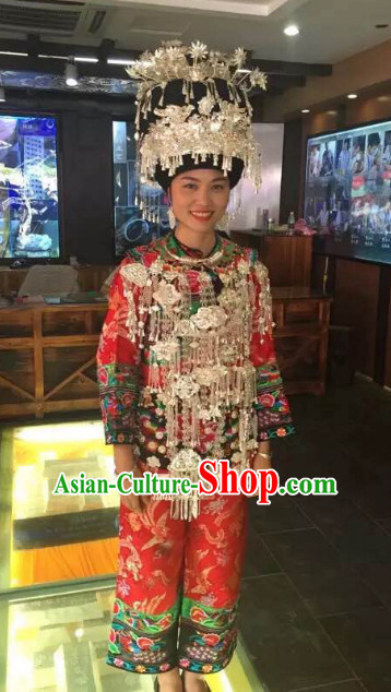 Chinese Miao Ethnic Clothing Minority Clothing Cultural Costumes and Hat Complete Set for Women