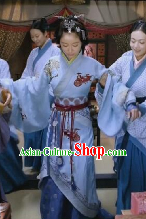 Traditional Chinese Princess Hanfu Clothing Long Robe and Hair Jewelry Complete Set