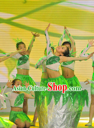 Chinese Stage Leaf Dance Costume Dance Costumes Fan Dance Umbrella Ribbon Fans Dance Fan Water Sleeve Costume for Women or Children