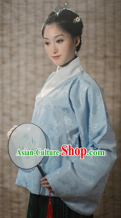 Traditional Chinese Ming Dynasty Young Lady Embroidered Costume Blue Silk Jacket, Asian China Ancient Hanfu Blouse for Women