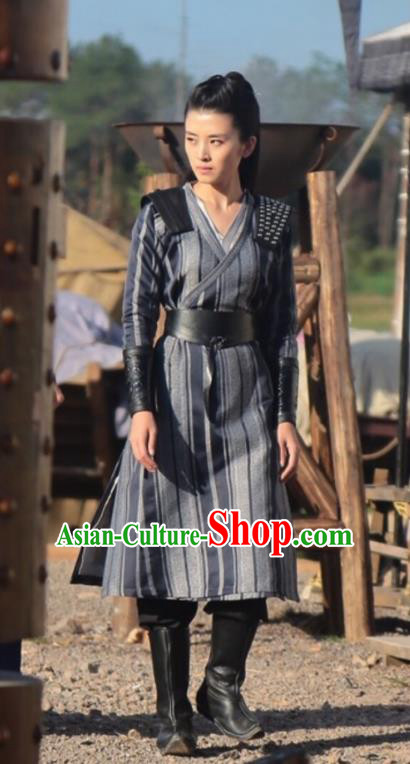 Traditional Chinese Northern and Southern Dynasties Swordswoman Costume, Asian China Ancient Female General Clothing