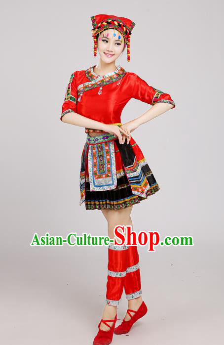 Traditional Chinese Miao Nationality Dance Costume, China Hmong Minority Embroidery Red Dress for Women