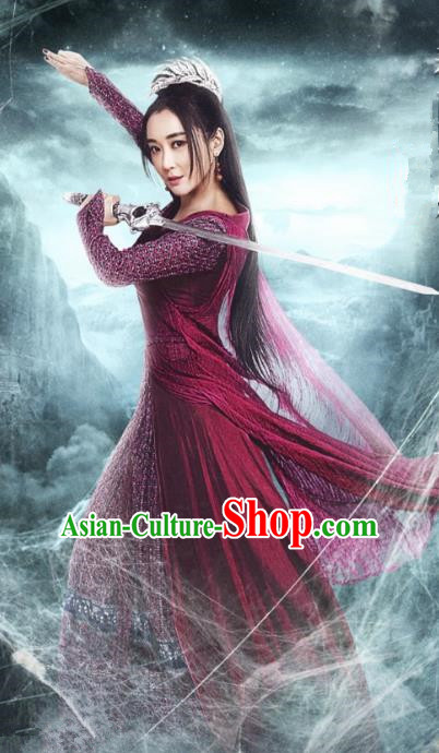 Asian China Tang Dynasty Chivalrous Lady Kawaler Costume, Traditional Chinese Ancient Swordswoman Embroidered Hanfu Clothing and Headpiece Complete Set