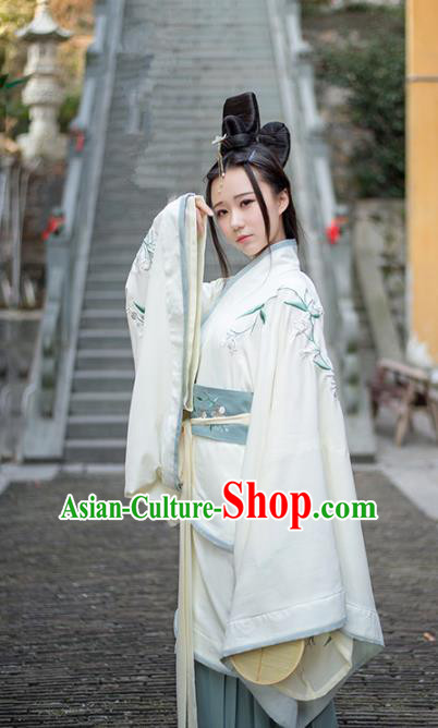 Asian China Han Dynasty Princess Costume Embroidered Curve Bottom, Traditional Ancient Chinese Palace Lady Embroidery Clothing for Women