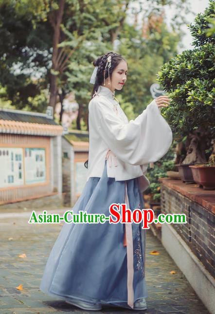 Asian China Ming Dynasty Palace Lady Embroidered Chrysanthemum Costume, Traditional Ancient Chinese Princess Elegant Hanfu Blouse and Skirt for Women