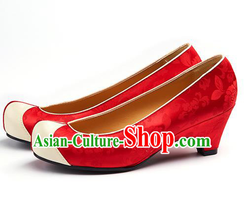 Traditional Korean National Wedding Embroidered Red Shoes, Asian Korean Hanbok Bride Embroidery Satin Shoes for Women