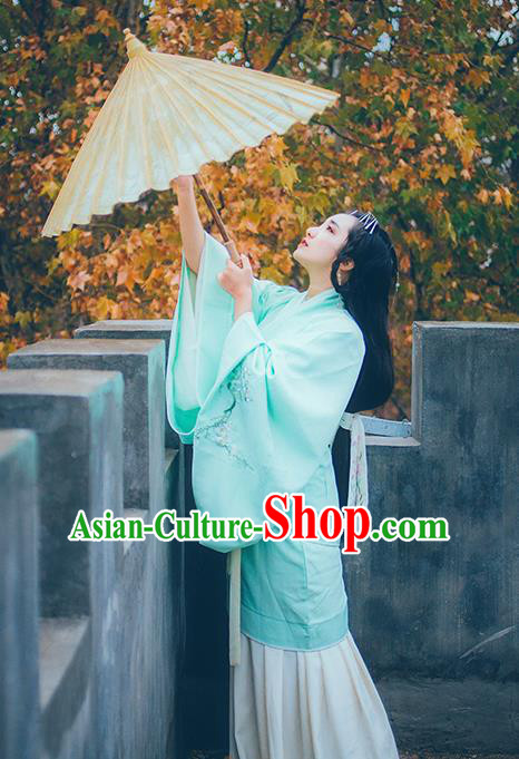 Asian China Han Dynasty Palace Lady Costume Blue Curve Bottom, Traditional Ancient Chinese Imperial Princess Hanfu Embroidered Clothing for Women