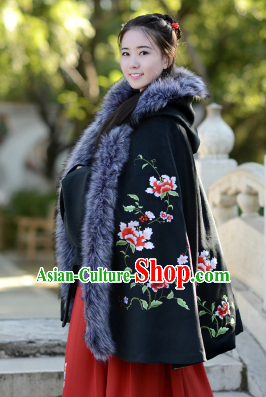 Ancient Chinese Style Black Embroidered Flower Mantle Cape Hanfu