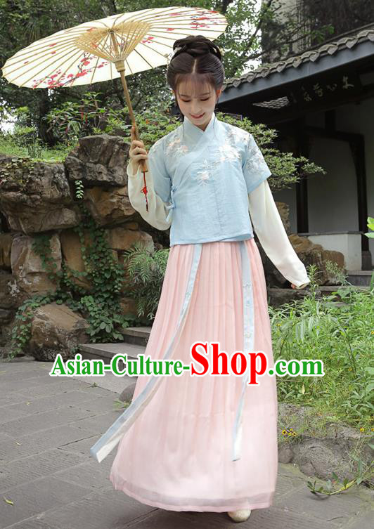 Traditional Chinese Ming Dynasty Palace Lady Princess Hanfu Embroidered Costume for Women