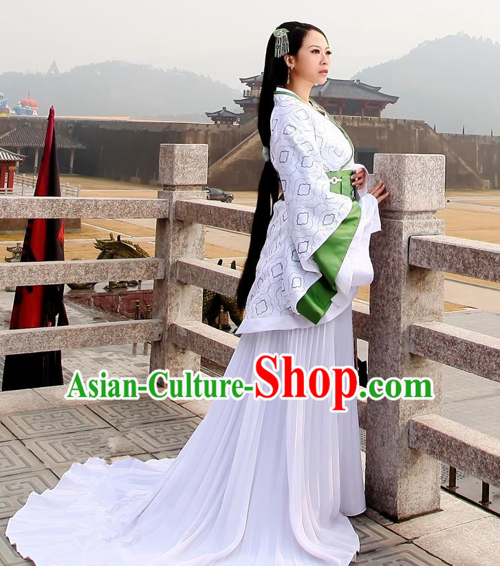 Traditional Ancient Chinese Imperial Consort Costume, Elegant Hanfu Clothing Chinese Han Dynasty Young Tailing Full Embroidered Clothing for Women