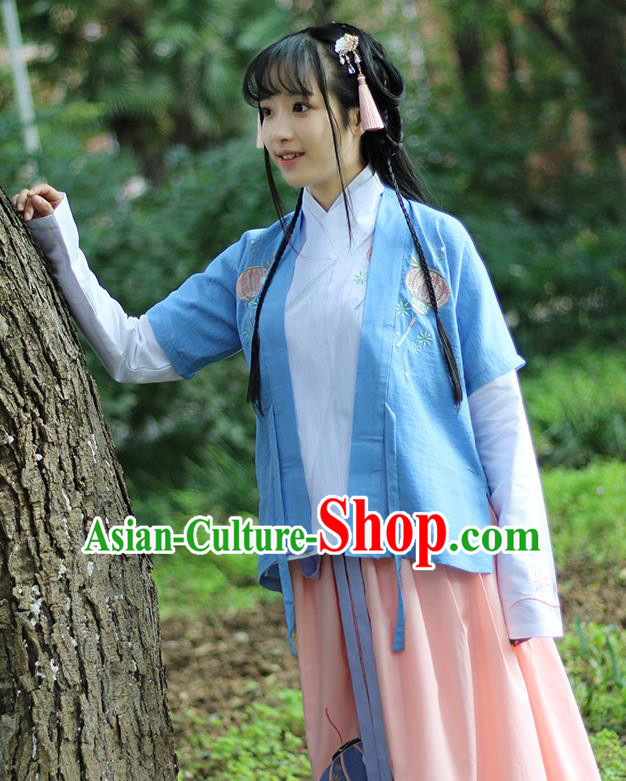 Traditional Ancient Chinese Female Costume Cardigan, Elegant Hanfu Coat Chinese Ming Dynasty Palace Lady Embroidered Lantern Clothing for Women