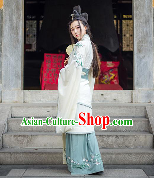 Traditional Ancient Chinese Imperial Consort Costume, Elegant Hanfu Clothing Chinese Han Dynasty Imperial Empress Embroidered Clothing for Women