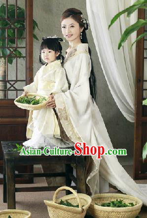 Traditional Ancient Chinese Peking Opera Imperial Consort Costume, Chinese Tang Dynasty Mother Dress, Cosplay Chinese Imperial Concubine Embroidered Clothing for Women