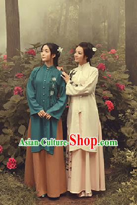 Traditional Ancient Chinese Costume Xiuhe Suit, Chinese Late Qing Dynasty Female Dress, Republic of China Embroidered Clothing for Women