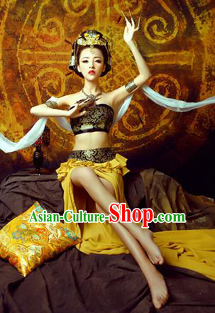 Traditional Ancient Chinese Flying Imperial Consort Costume, Chinese Tang Dynasty Flying Dance Dress, Cosplay Chinese Fairy Imperial Concubine Green Clothing Hanfu for Women