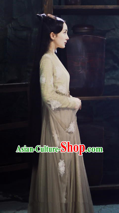 Traditional Ancient Chinese Myth Fairy Costume, Elegant Hanfu Palace Lady Dance Dress, Chinese Teleplay Ten great III of peach blossom Role Bai qian Han Dynasty Imperial Princess Tailing Embroidered Clothing for Women