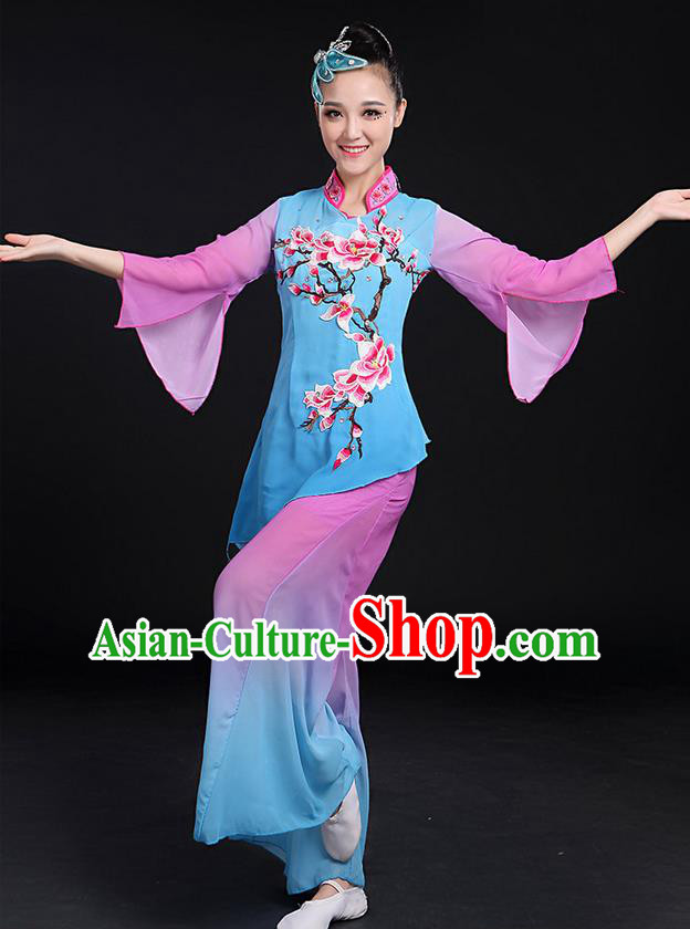 Traditional Chinese Yangge Fan Dancing Costume, Folk Dance Yangko Mandarin Sleeve Paillette Uniforms, Classic Dance Elegant Dress Drum Dance Embroidered Plum Blossom Clothing for Women