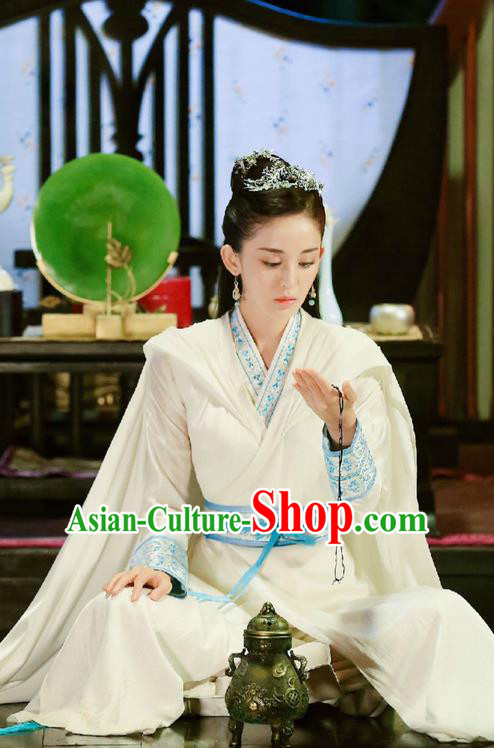 Traditional Ancient Chinese Imperial Princess Costume, Elegant Hanfu Swordsman Mantle Clothing, Chinese Ancient Aristocratic Lady Embroidered Clothing for Women