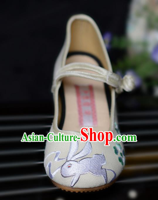 Traditional Chinese Ancient Shoes, China Handmade Embroidered Rabbit Beige Shoes, Ancient Princess Shoes for Women