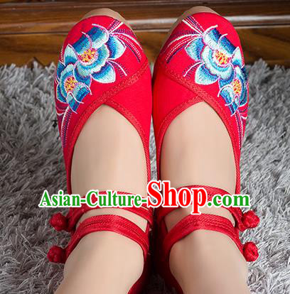 Traditional Chinese Shoes, China Handmade Embroidered Red Height Increasing Shoes, Ancient Princess Shoes for Women