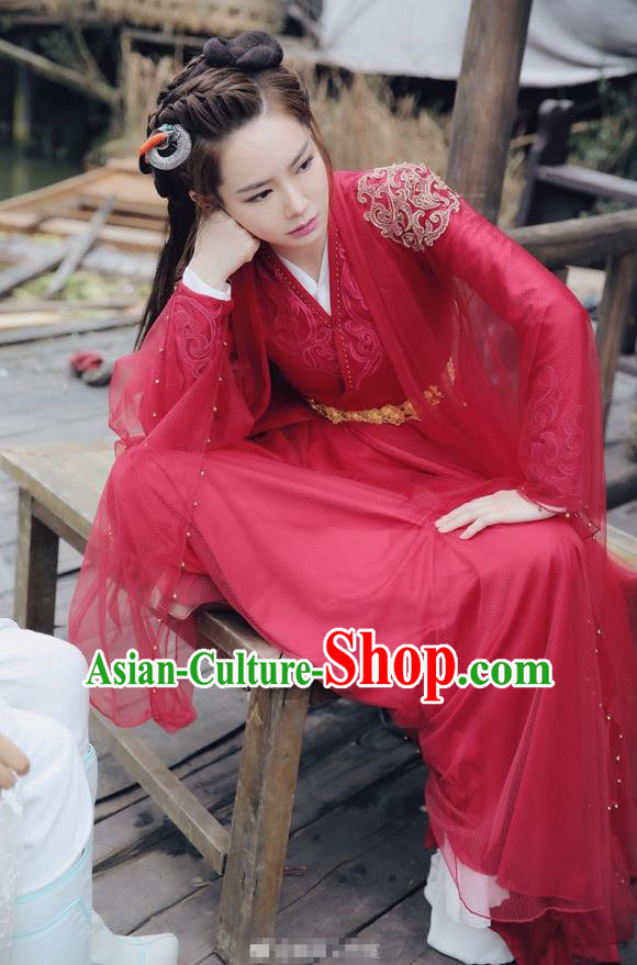 Traditional Chinese Ancient Ming Dynasty Swordswoman Costume, New Dragon Gate Inn Landlady Heroine Hanfu Embroidered Red Clothing and Handmade Headpiece Complete Set